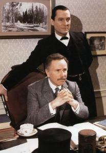 Holmes-and-Watson-sherlock-holmes-18436503-414-600