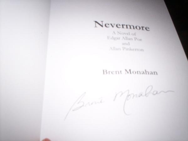 autograph monaan