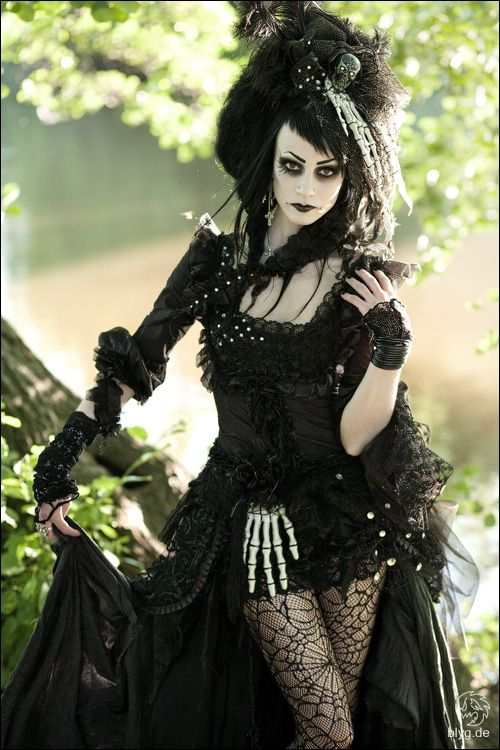 Victorian Goth Gnostalgia